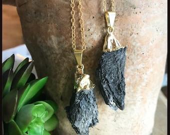 Kyanite Necklace // Black Kyanite Necklace // Kyanite Fan Necklace // Black Kyanite Fan // Kyanite Crystal // Gold Kyanite