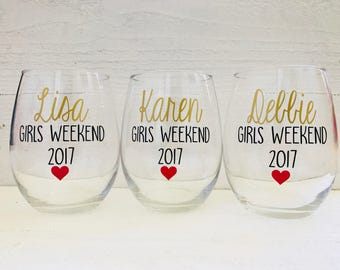 Girls weekend wine glasses / Girls vacation / personalize/ stemless/ gift / vacation