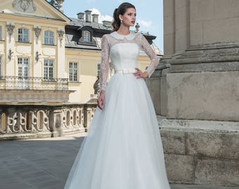 Wedding dress Trina from NYC Bride, made in Europe