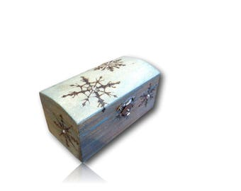 Snow Flake Music Box  - Plays Let it Go from Disney's Frozen