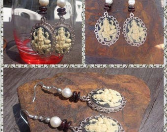 Ganesh, Garnet beads and freshwater pearl earrings
