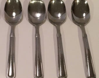 Pfaltzgraff Stainless Providence Glossy Four Oval Soup Spoons