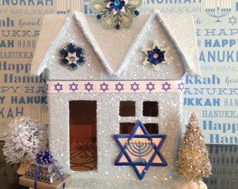 Hanukkah, Hanukkah House, Holiday Decor, Holiday Decorations, Jewish Holiday