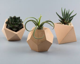 Set of 3 Concrete planters, succulent planter, concrete planters, geometric planter, air plant holder, small concrete planter