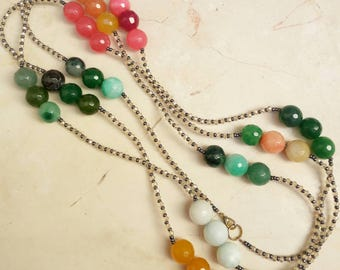 Extra long necklace with colored crystals and agates