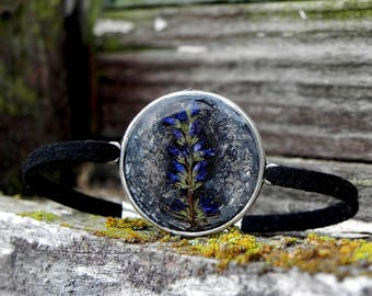 Resin Charm Bracelet, Pressed Autumn Blue Forest Flower Resin Bracelet, Nature Inspired Terrarium Jewelry , Nature and forest lovers Goft