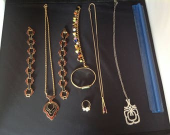 Vintage Avon signed jewellery collection, necklace bracelet, ring  costume jewellery