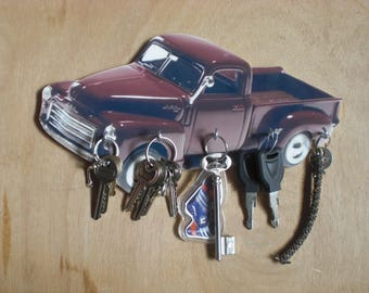 key wall gmc pick up / vintage key hook