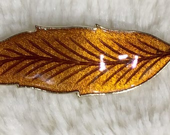Vintage Gold Tone Guilloche Amber Brown Enamel Leaf Pin