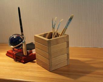 Wooden pencil box, wooden pencil holder, oak pencil box, wooden box centerpiece, wooden desktop organizer, wooden desk decor, table decor