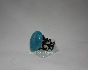 very pretty ring with stone