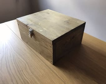Wooden box with lid   Made from reclaimed wood