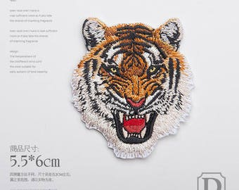 1pcs Tiger Iron-on Patches /Appliqué /Embroidery patch RN335