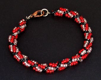 Red, Black, and Silver Seeded Beaded Twist Bracelet with Lobster Clasp