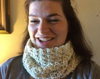 Crochet cowl in off white tweed