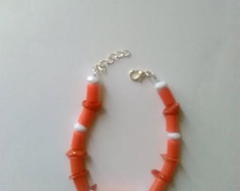 Beaded bracelet with Coral crystals