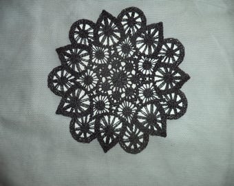 square of black tulle with embroidery in the Center 48 cm x 50 cm new