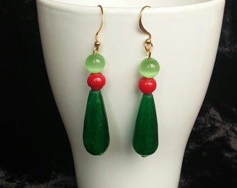 Silver Earrings with gold bath agate Green cat's eye green coral