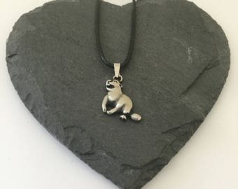 Otter necklace / otter jewellery / animal necklace / animal jewellery / animal lover gift