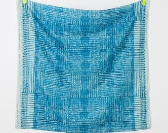 Nani Iro double gauze - BLUE ori-some kujakuao kokka japanese fabric - 50cm