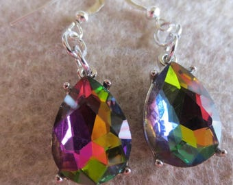 Dangle Earrings of Crystal Changing Colors