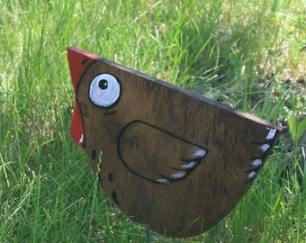 Garden sculpture - chicken