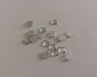 100 Silver has 8 mm square rhinestone paste