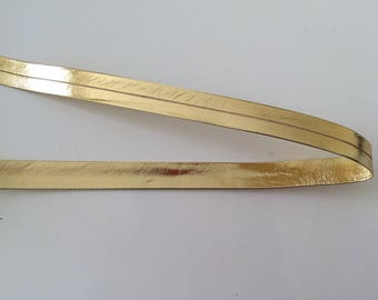 Gold leatherette 1.5 cm wide bias tape