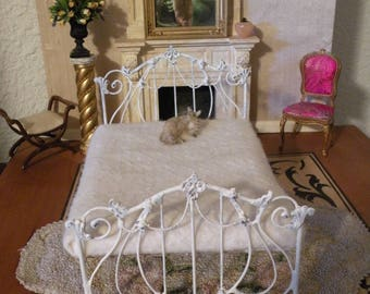 """Artisan Made Barbie 1:6 Scale Wrought Iron Look Bed """"SOPHIE"""""""