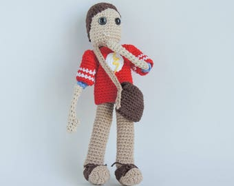 Sheldon Cooper from The Big Bang Theory personalized amigurumi gift with The Flash T-shirt for give away to the fans of TBBT TV Show