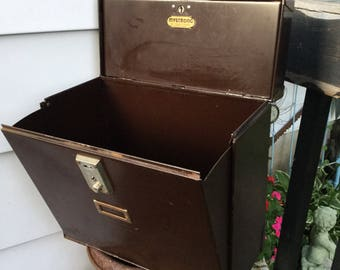 Vintage File Box / MYSTRONG New Process Co. Warren, Pa. / File Organizer / Office Storage