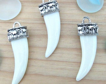 Elephant tusk pendant, silver Horn charm, horn pendant, Boho charm, large horn, tribal pendant, bronze horn, elephant pendant, tribal