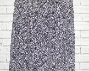 Size 16-18 vintage 80s calflength concertina pleat skirt navy/white spots (IC15)