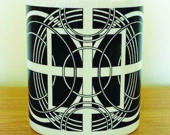 Geometric Black and white mug.