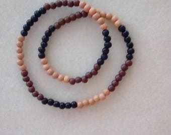 Men's 20.5 inch Stretch Wooden Beaded Necklace.