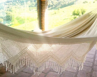 White Hammock, double hammock. Outdoor hammock,  hamaca, hammock with crochet Bell Fringe, wedding gift, wedding decoration