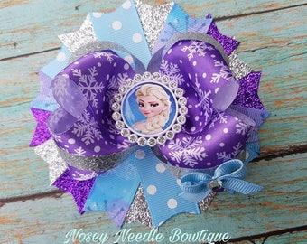 Frozen hair bow, Frozen boutique hair bow, Frozen Princess Elsa hair bow, Frozen birthday party, Frozen outfit, Frozen invitations, Elsa bow