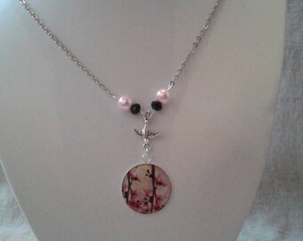"necklace ""bird in her flowery tree"""