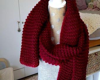 Chunky Knit Super Scarf - Oversized Knitted Long in Red Velvet