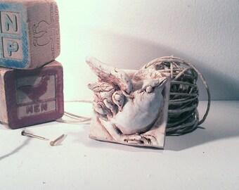 Wren wall sculpture, garden sculpture, wren sculpture, art tile, bird garden decor, carolina wren, bird sculpture, cement garden sculpture