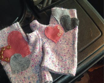 Valentine fingerless sweater gloves