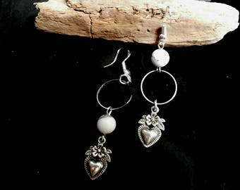 Mismatched Silver Heart Howlite Earring, Asymmetric Stone Jewelry,  Long Dangle, White Agate, Sterling Silver Hooks Earring