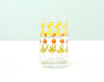 Vintage Tulip Juice Glass-Small Drinking Glass-Retro Juice Glass-Tulips-Floral