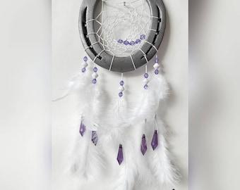 Horseshoe Dream Catcher in white-lilac