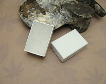 Tiny White Swirl Jewellery Box 46x29x16mm