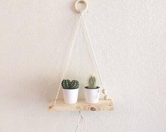 Bemossed - Hanging wood shelf