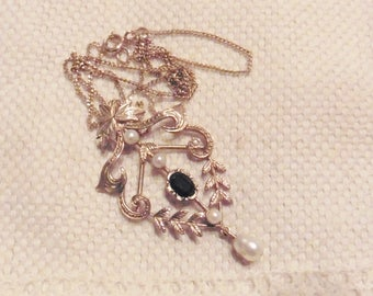 Antique Vintage 9ct Garnet And Pearl Pendant