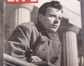 Life Magazine, April 21, 1947 Student Veteran,Father of the Automobile Dies, Struggle for the World, Cancer, Princes of India