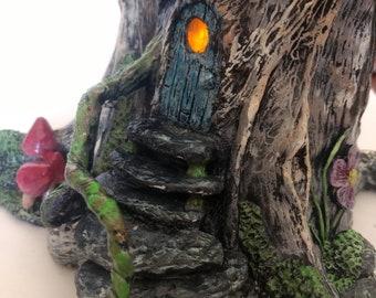 "Fairy house nightlight ""knotty tree"""