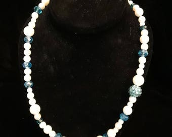Pearls and Blue Glitter - N002